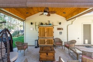 12514 Stallion Ct-6-covered patio